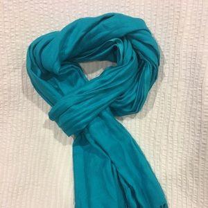 Blue fringe scarf
